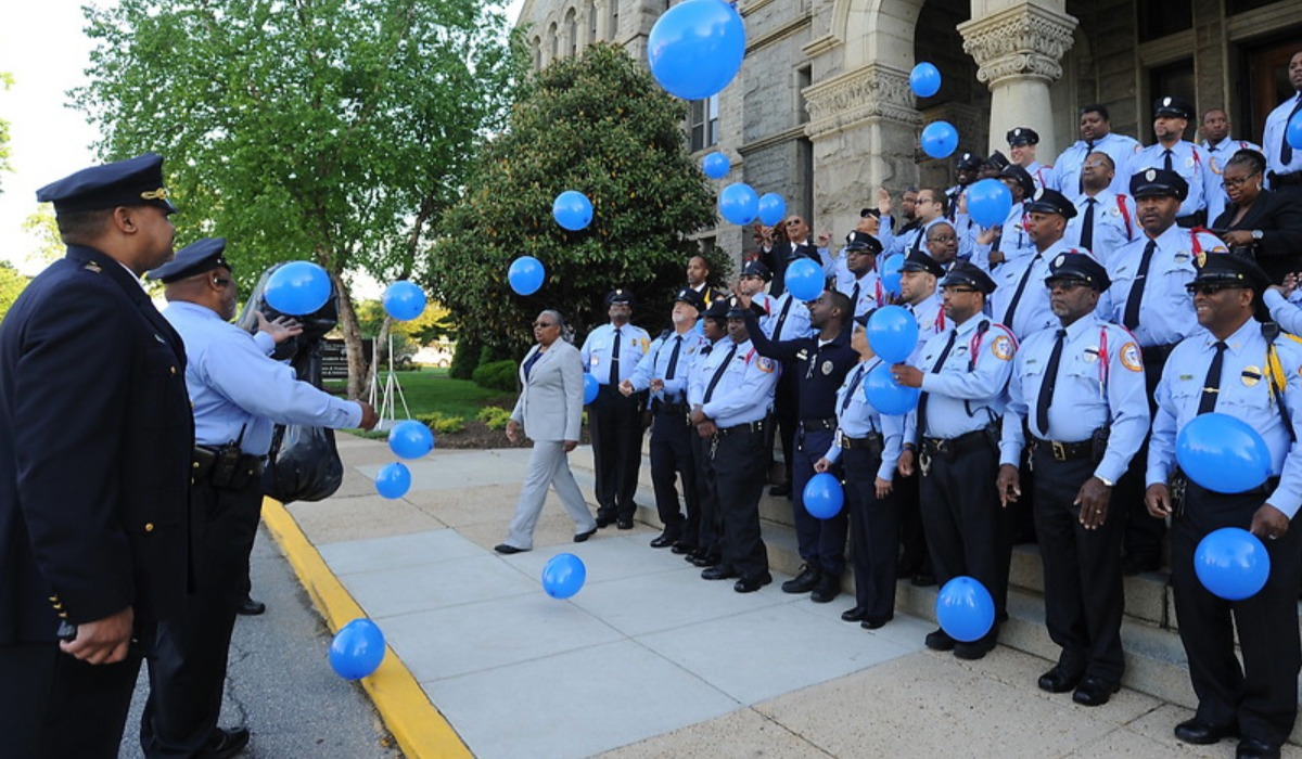 DPS with blue balloons